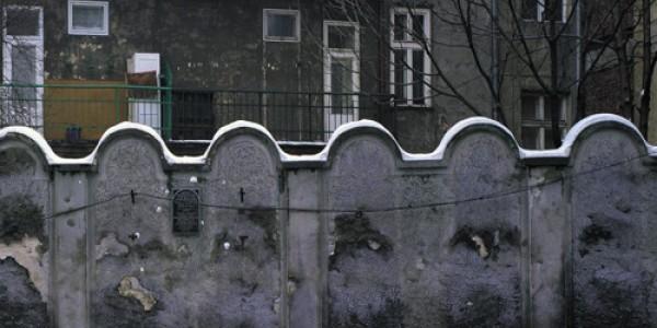 """""""Holokaust, Szoa, Zagłada..."""", wykład dr Edyty Gawron. 17:00."""