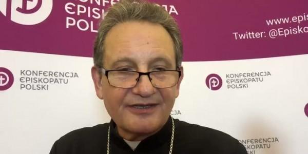 """""""Mam świadomość tego, że jednocześnie wiele lokalnych wspólnot, również diecezjalnych, będzie organizowało Dzień Judaizmu w Kościele katolickim. Ci, którzy nie mogą jechać do Gniezna, będą mo"""