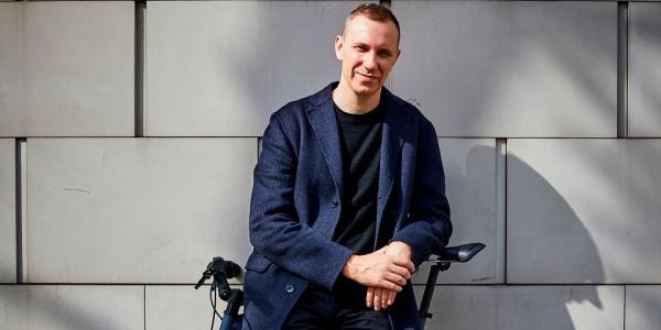 Paweł Piotr Reszka, dziennikarz i reportażysta (Fot. Mateusz Skwarczek / Agencja Gazeta)