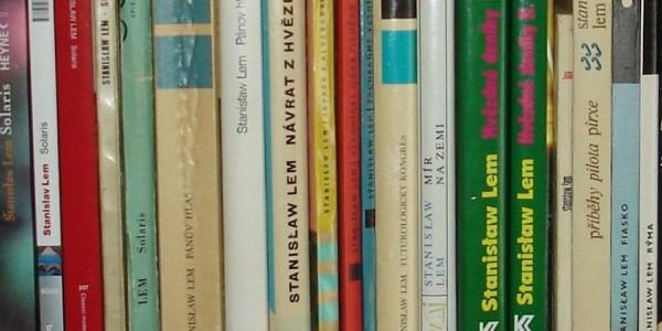 Książki Lema na półce