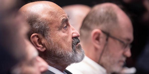 Ks. prof. Tomáš Halík podczas odbierania Medalu Świętego Jerzego 23 listopada 2019 roku w Krakowie. Fot. Adam Walanus/adamwalanus.pl