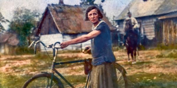 Marianna Lubkiewicz razem z mężem Leonem i synem Stefanem prowadzili piekarnię w Sadownem koło Treblinki. Dostarczali chleb Żydom ukrywającym się w okolicznych lasach. W 1943 r. zostali z teg