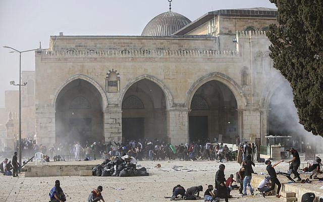 2021-05-19-palestinians-clash.jpg